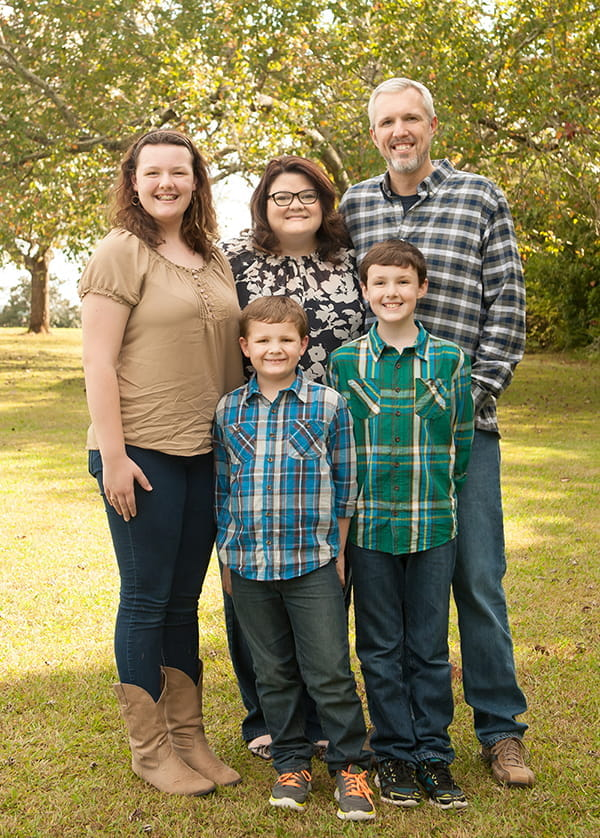 Kylie Yearwood, center, with her family