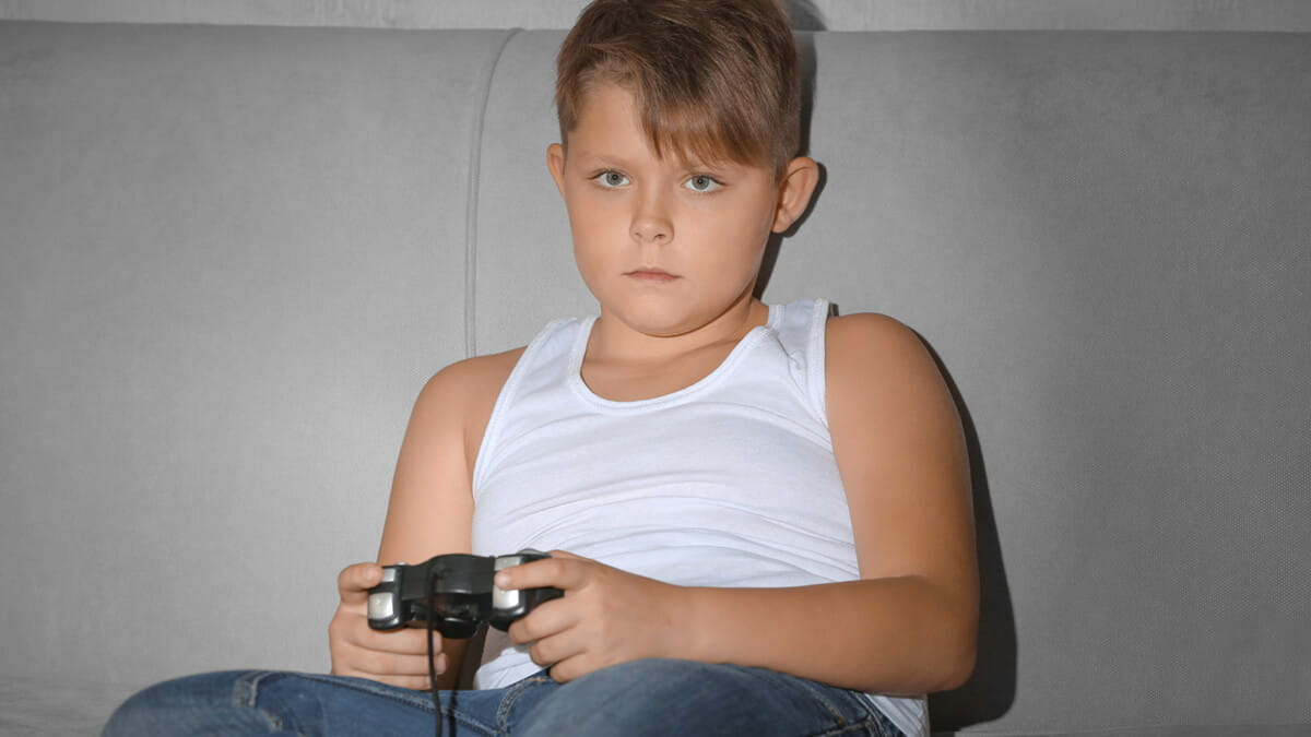 Healthy Eating: Is Too Much Screen Time Causing Weight Gain in Children?