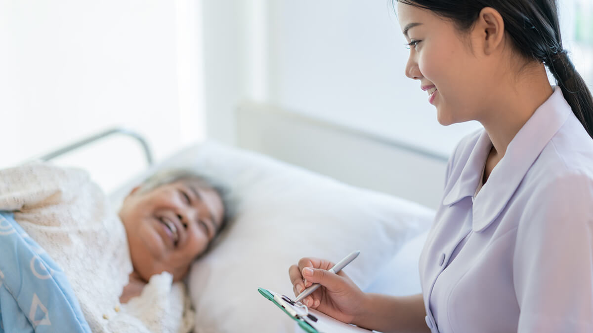 How the Skills of a Nurse Include Patient Education