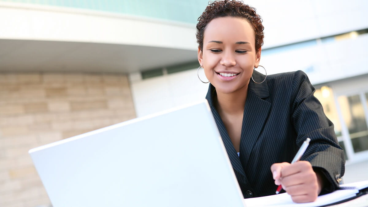 Online vs. Traditional MBA: Which Program Is Best For You?