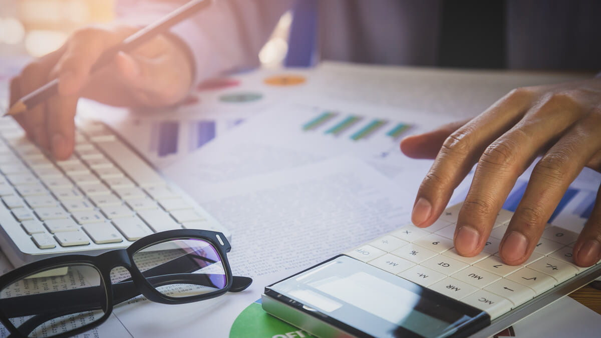 Three Courses You Might Take When Earning a BS in Accounting