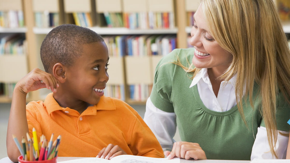 Teach Kids to Love Reading: 5 Tips from an Expert with an Education Degree