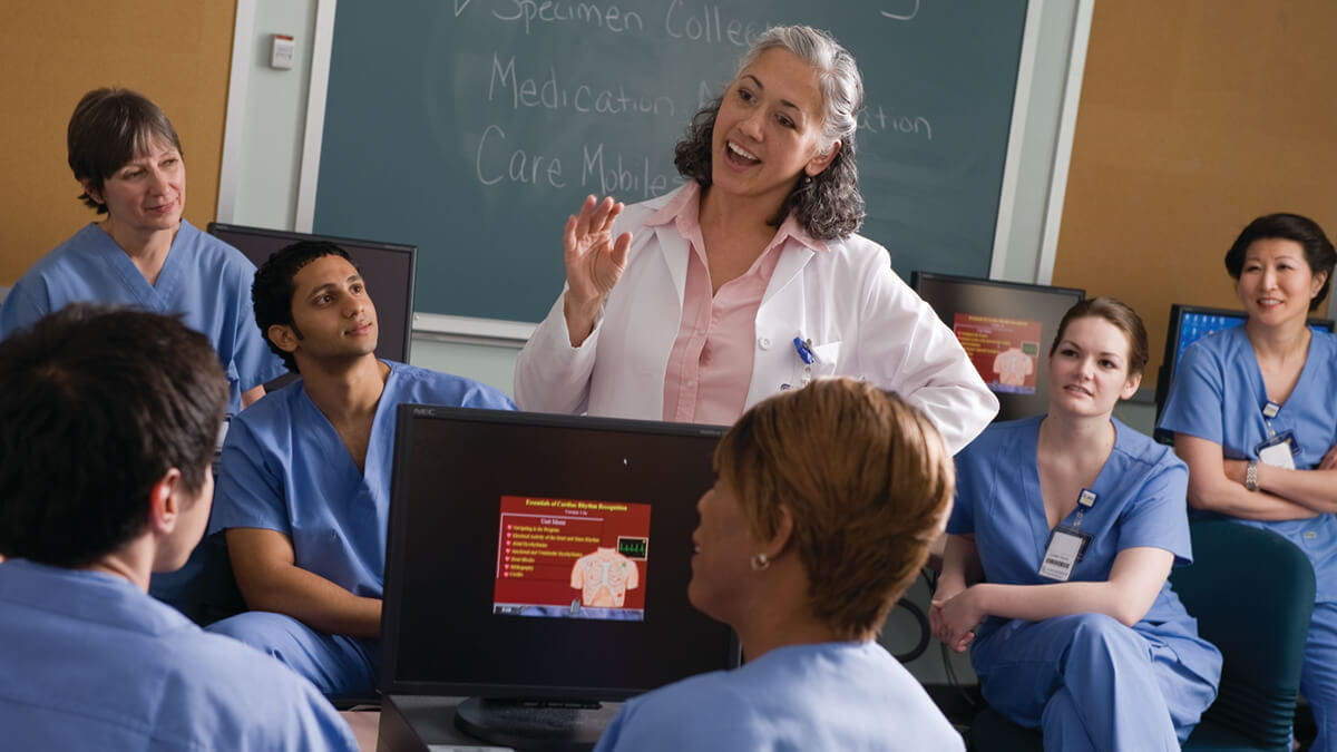 Become a Healthcare Thought Leader With an Online Nursing Degree
