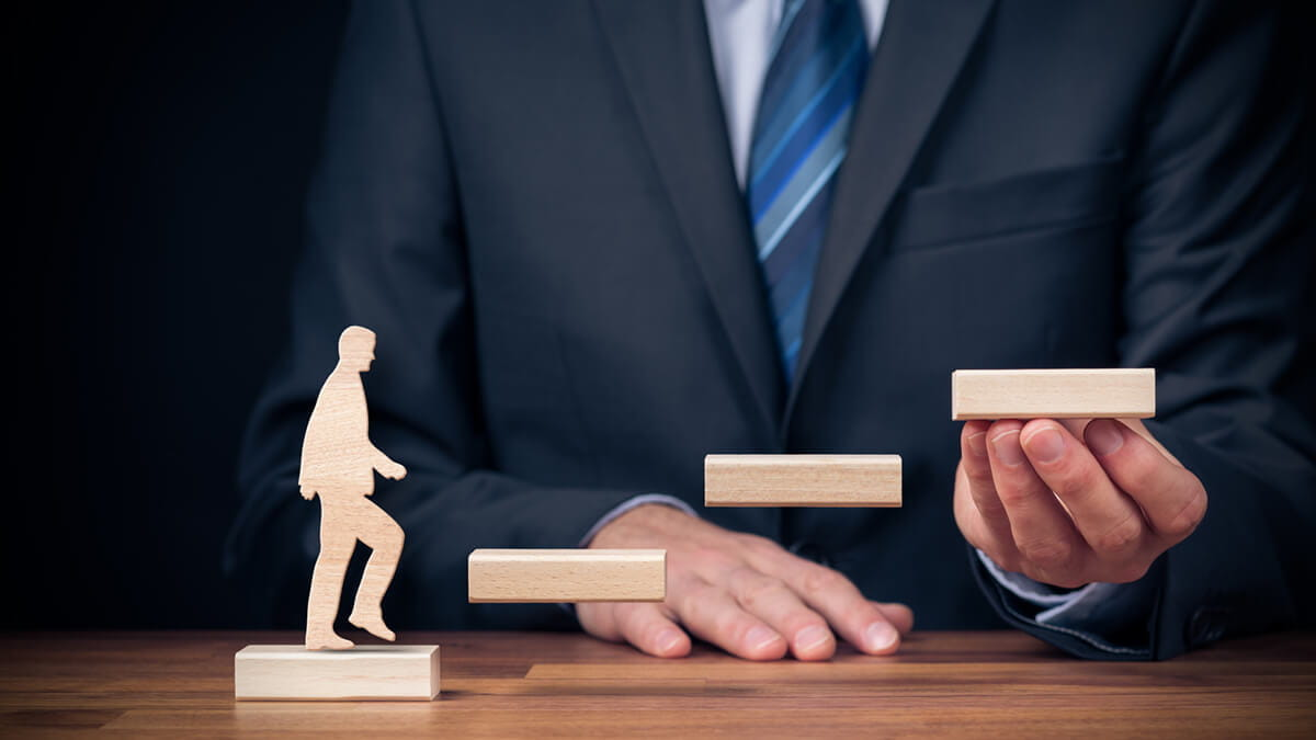 How Developmental Psychologists Can Help Others Acquire Leadership Skills